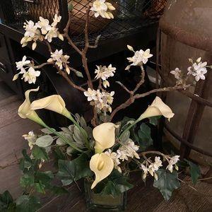 New gorgouse floral arrangement